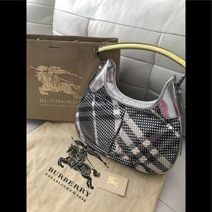 SOLD Authentic Burberry Novacheck Hobo Handbag 🌟